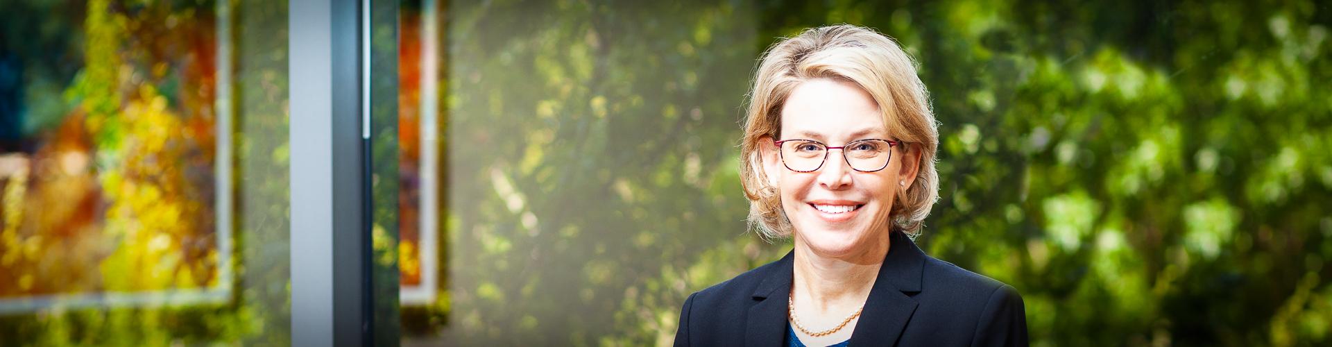 lisa-gambrell-senior-counsel